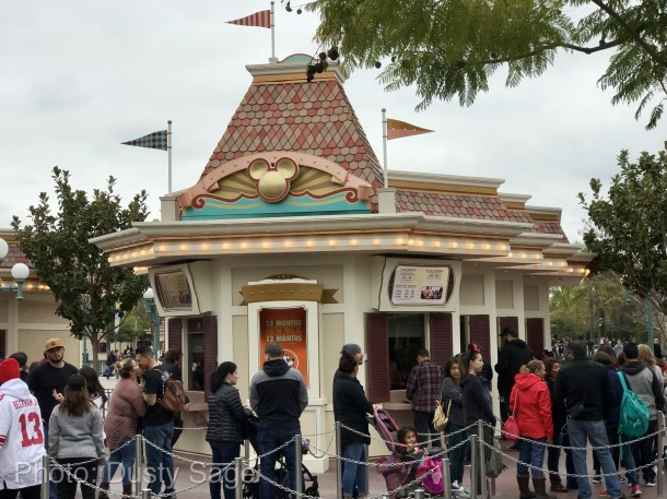 Disneyland-Ticket-Booth